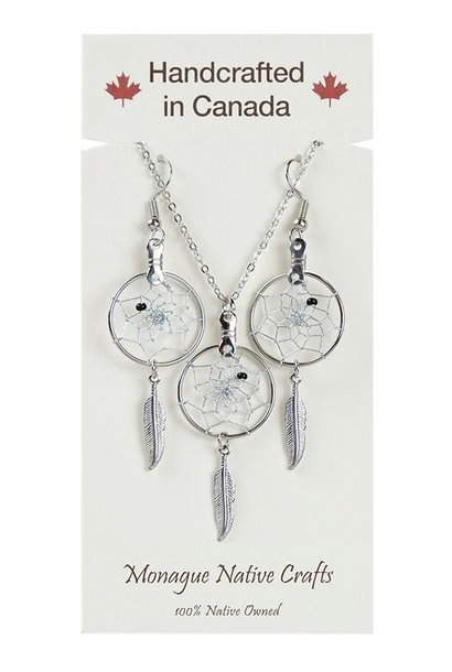 Dream Catcher Jewellery Set on Card. Center bead colours come assorted.
