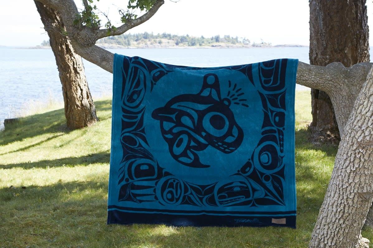 Kanata Blanket-Orca by Bill Helin-1