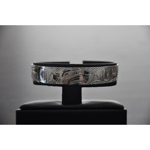 "1/2"" Carved Silver Bracelet -Hummingbird design by Nancy Dawson-1"