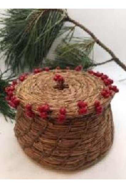 Pine Needle Basket by Patricia Raymond