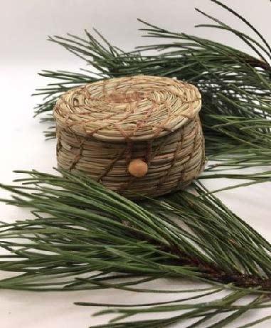 Pine Needle Basket /Fishing - Small assorted-1