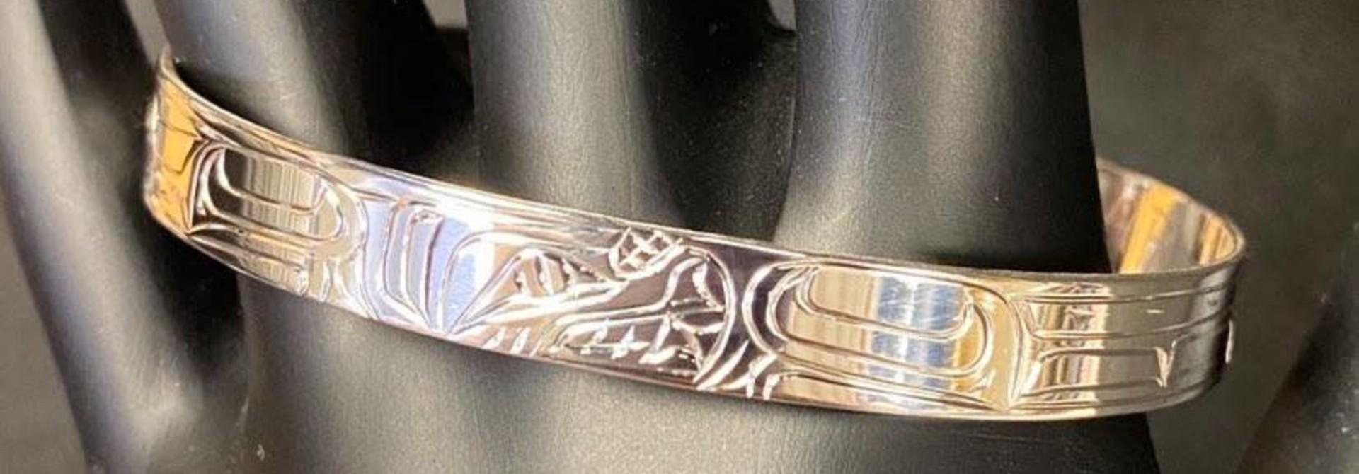 "Silver Carved 1/4"" Bear Bracelet"