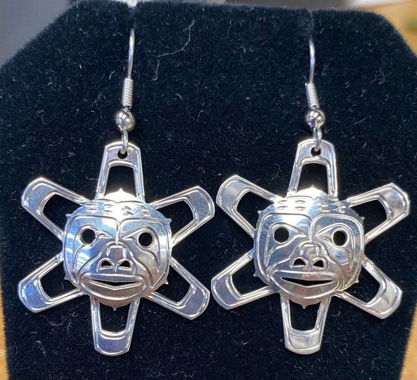 Silver Carved Sun Earrings By Silver Eagles-1