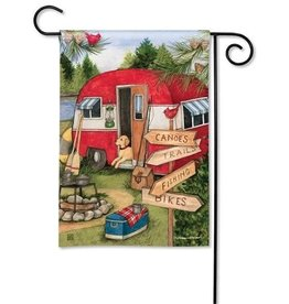 Magnet Works Garden Flag, Camping Weekend, 12x18