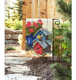 Magnet Works Garden Flag, Finch House, 12x18