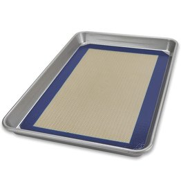 USA Pan 1/4 Sheet Baking Pan w/Bakemat, 9x12