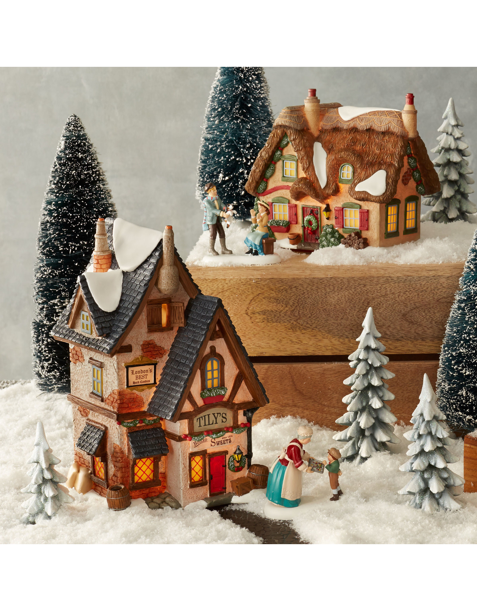 Department 56 Brookshire Cottage