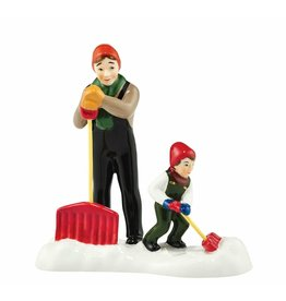 Department 56 It Takes Two to Shovel a Village