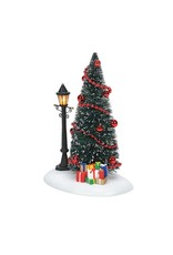 Enesco Lit Christmas Vignette