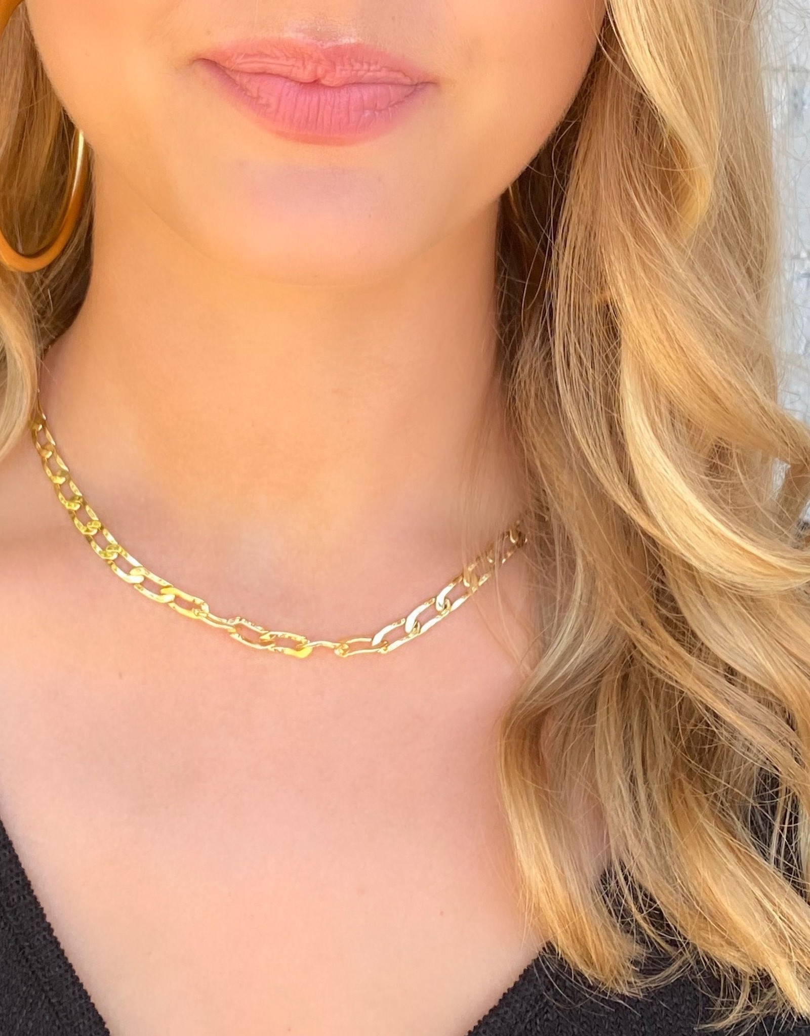 Chain Reaction Necklace Gold