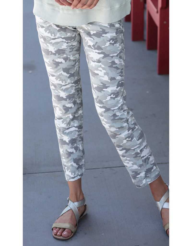 Slouchy Camo Crop Jean