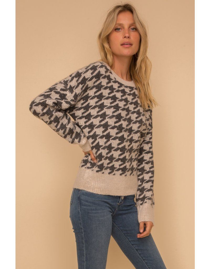Hem & Thread Houndstooth Jacquard Sweater