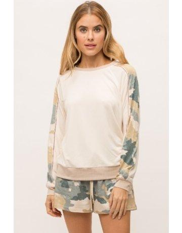 Mystree Camo Sleeve Pullover