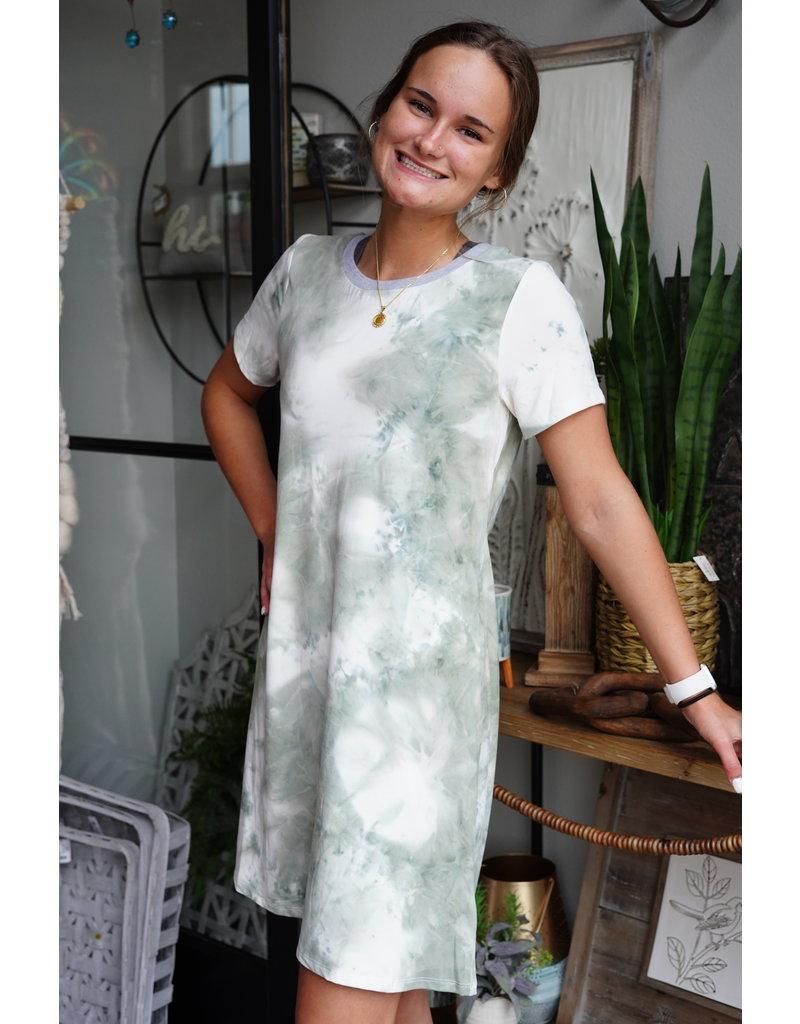 Hem & Thread Open Back Twist Tie Dye Midi Dress