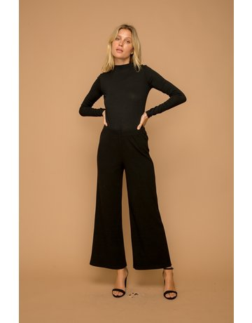 Hem & Thread Wide Leg Hacci Pant