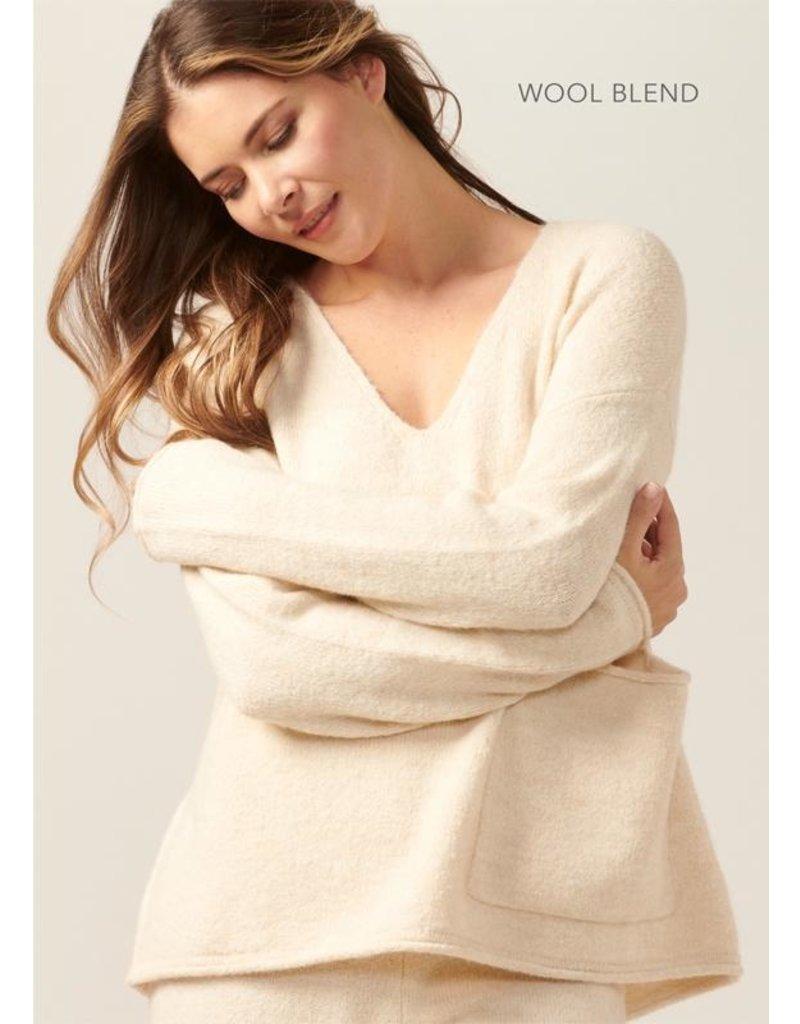 Charlie Paige Sweater Lounge Top