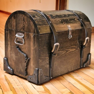 Richard Ballerstein Wisconsin Chest w/ Leather Straps
