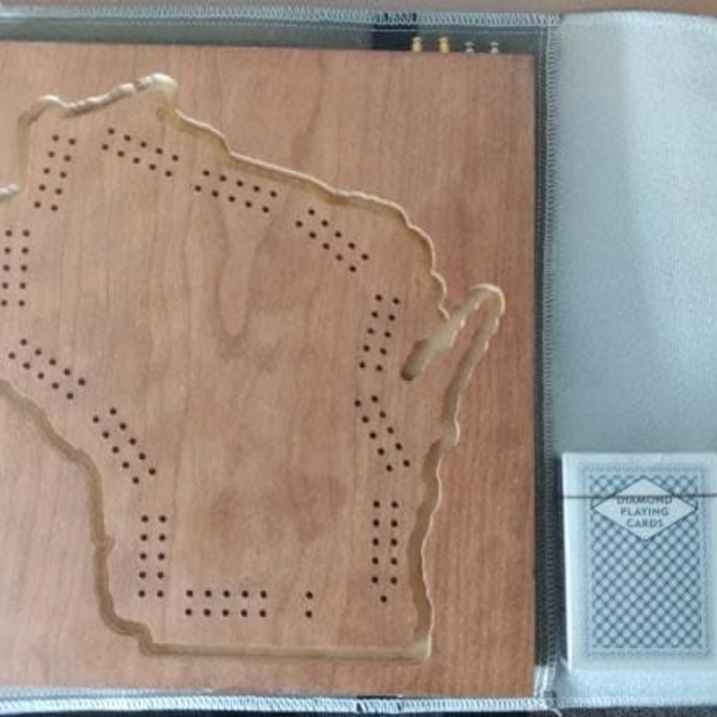 L.E Phillips Career Development Center Wisconsin Cribbage Board (With Case + Playing Cards)