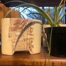 Tandem Ceramics White Ceramic Vase - Woodgrain