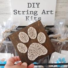 Strung on Nails DIY String Art Kit - Paw