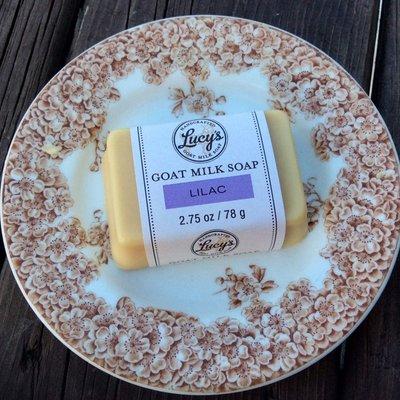 Lucy's Goat Milk Soap Lucy's Goat Milk Soap - Lilac Handbar
