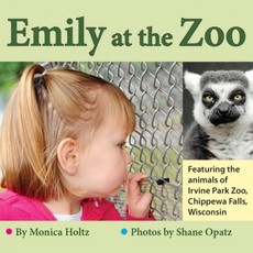 Monica Holtz Emily at the Zoo