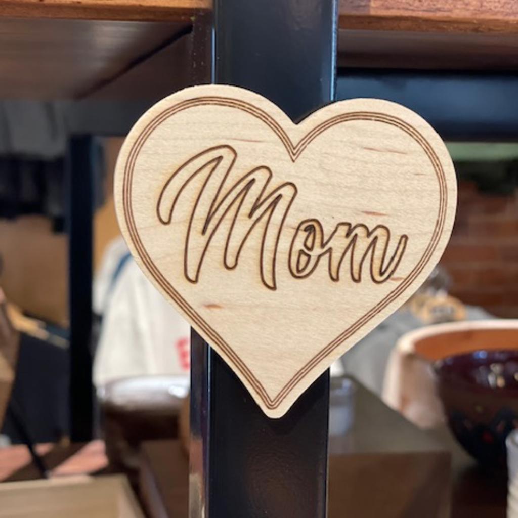 Mom Heart Magnet