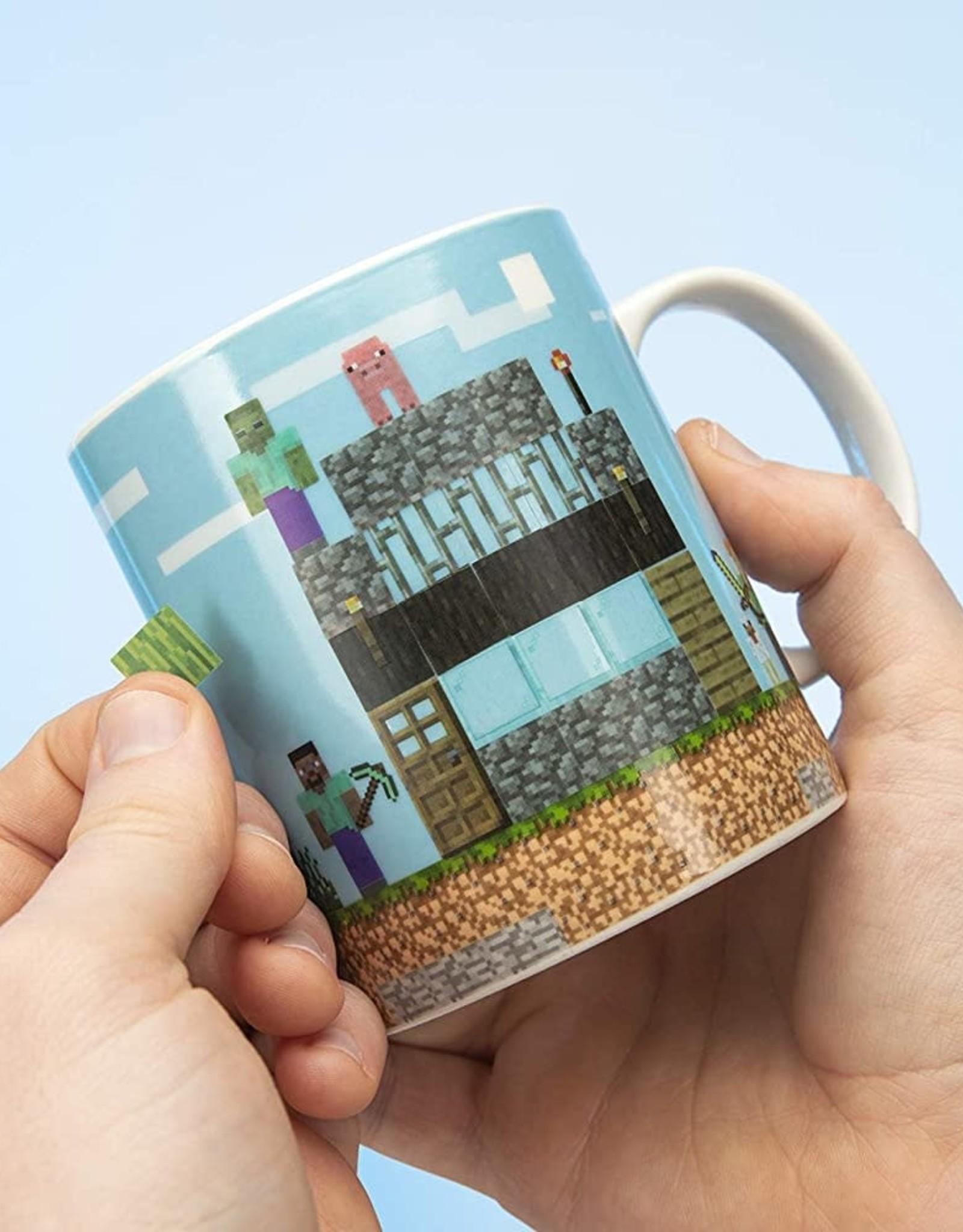 Paladone Minecraft Build a Level Mug