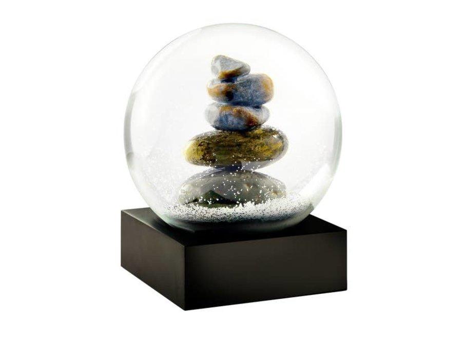 Cairn Snow Globe