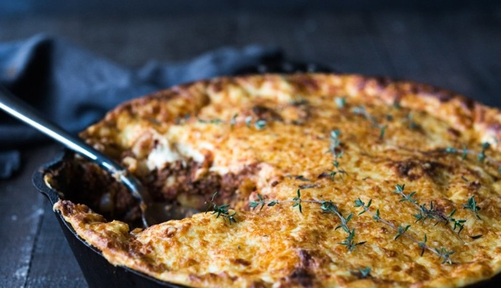 pastitsio | baked greek pasta with lamb