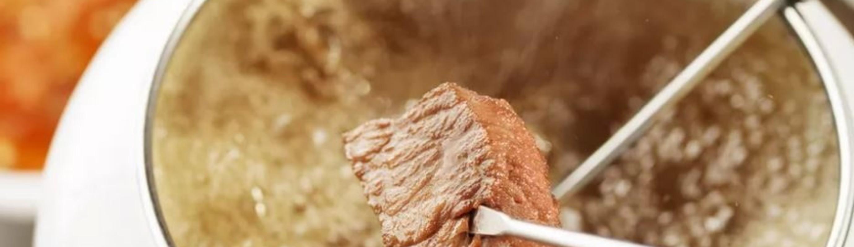 German Meat Fondue With Broth (Fleischfondue)