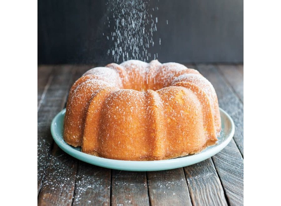 6 Cup Formed Bundt® Pan- Red