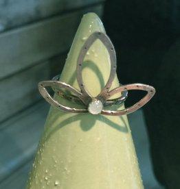 Lucky 7 Southpaw Craft handmade sterling silver lotus ring, size 6.25, semi-precious stone aquamarine