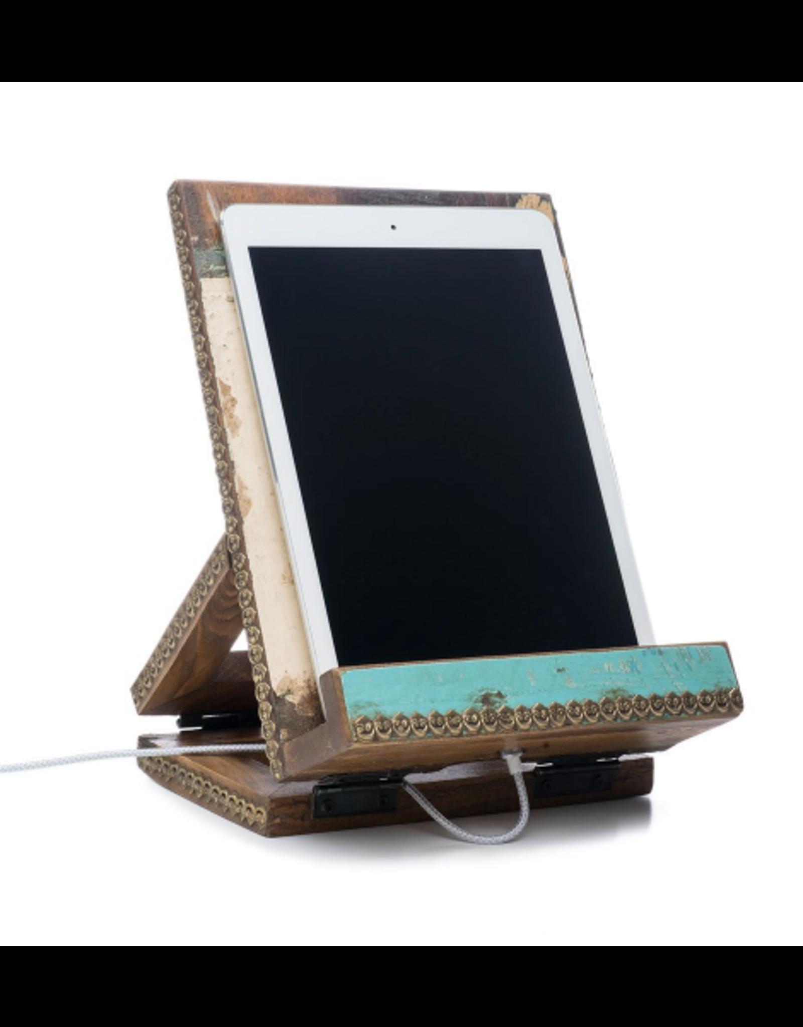 Matr Boomie Puri Beach House Tablet/Book Stand