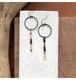 fate&Coincidence Tortoise Shell Bar Earrings