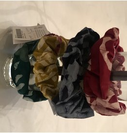 Global Mamas Batik Scrunchie