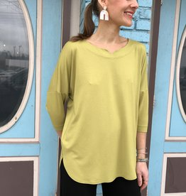 Q Neel Easy Top - Dropped Shoulder V Notch Neck