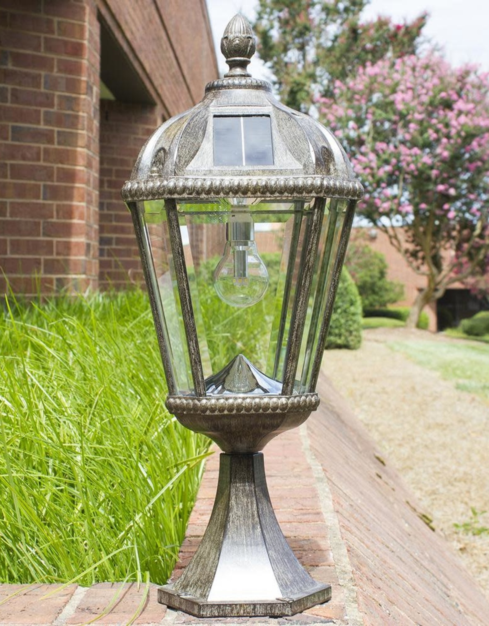 Gama Sonic Royal Bulb Series Outdoor Weathered Bronze Integrated LED Solar Powered Post Light on Pier Base