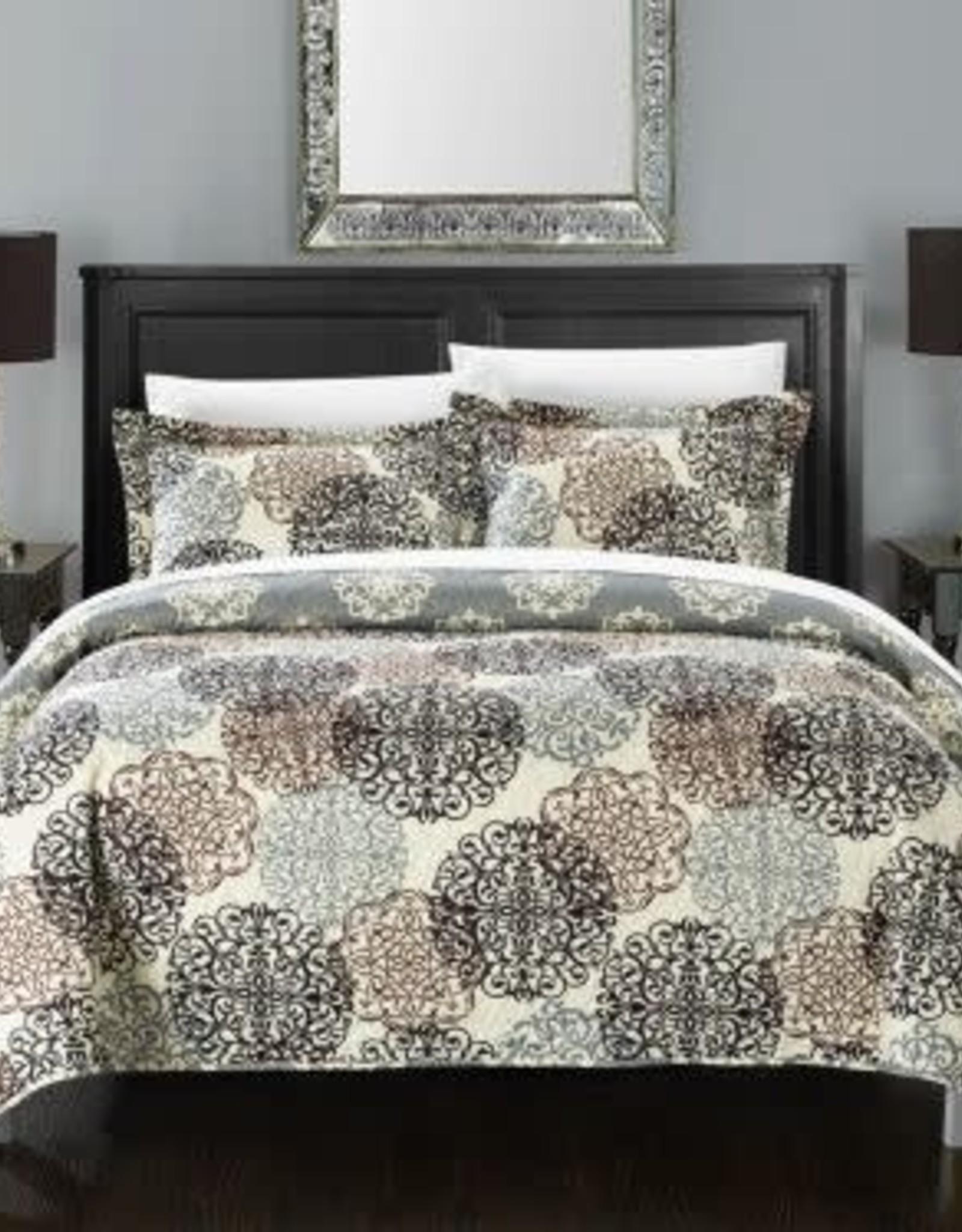 CHIC HOME DESIGN LLC Chic Home Queen 3 Piece Reversible Print Quilt Set