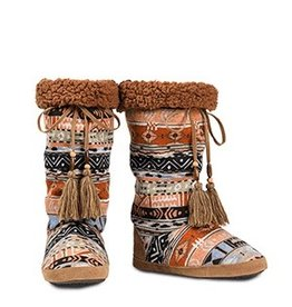 Kachin * Blazin Roxx Tall Cozy Slippers