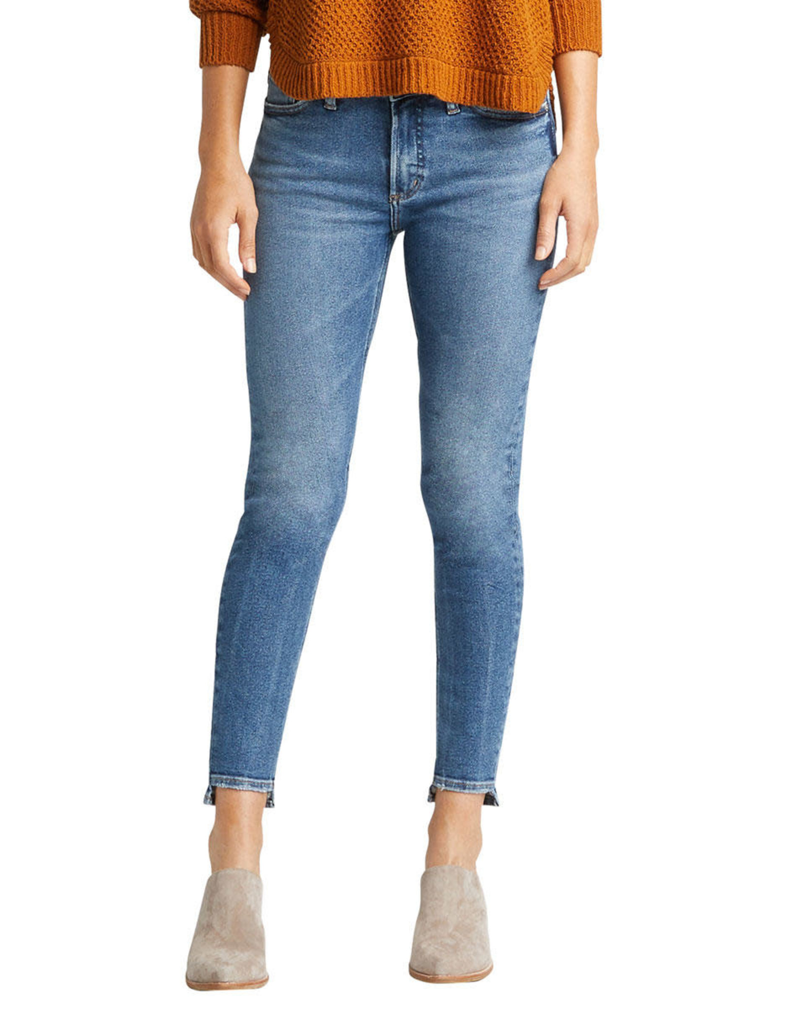 "Silver Brand Jeans Most Wanted Indigo Skinny Jeans. 27"" inseam. Mid Rise."