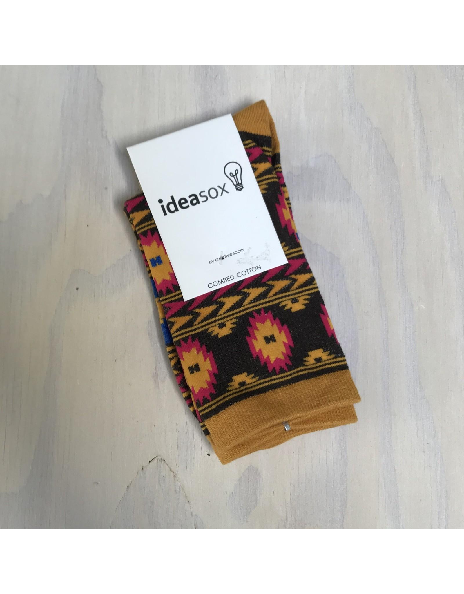 Young & Heart Idea Socks Gold Tribal