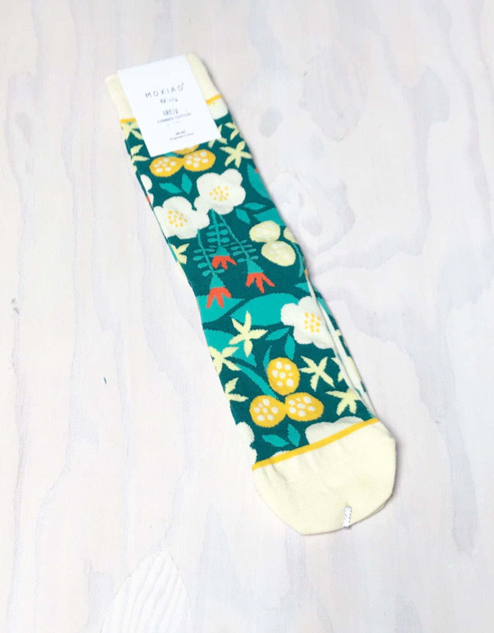 Young & Heart Floral Socks with Yellow