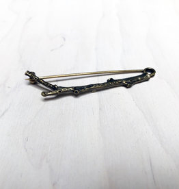 Young & Heart Twig Pin Antique Brass