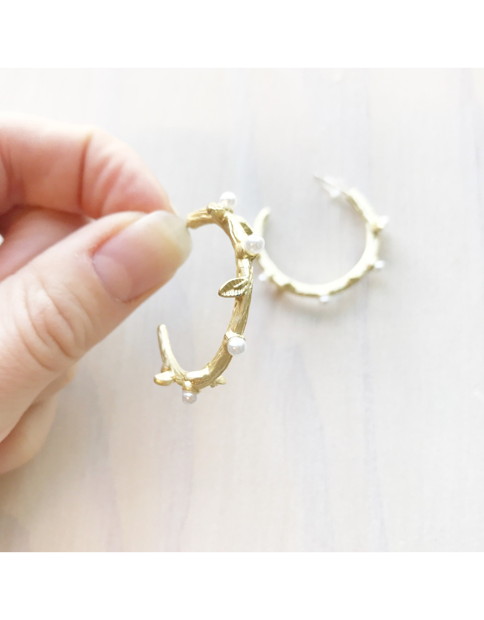 Young & Heart Branch and Pearl Hoops, Gold Plated, Fake Pearl, Silver Posts