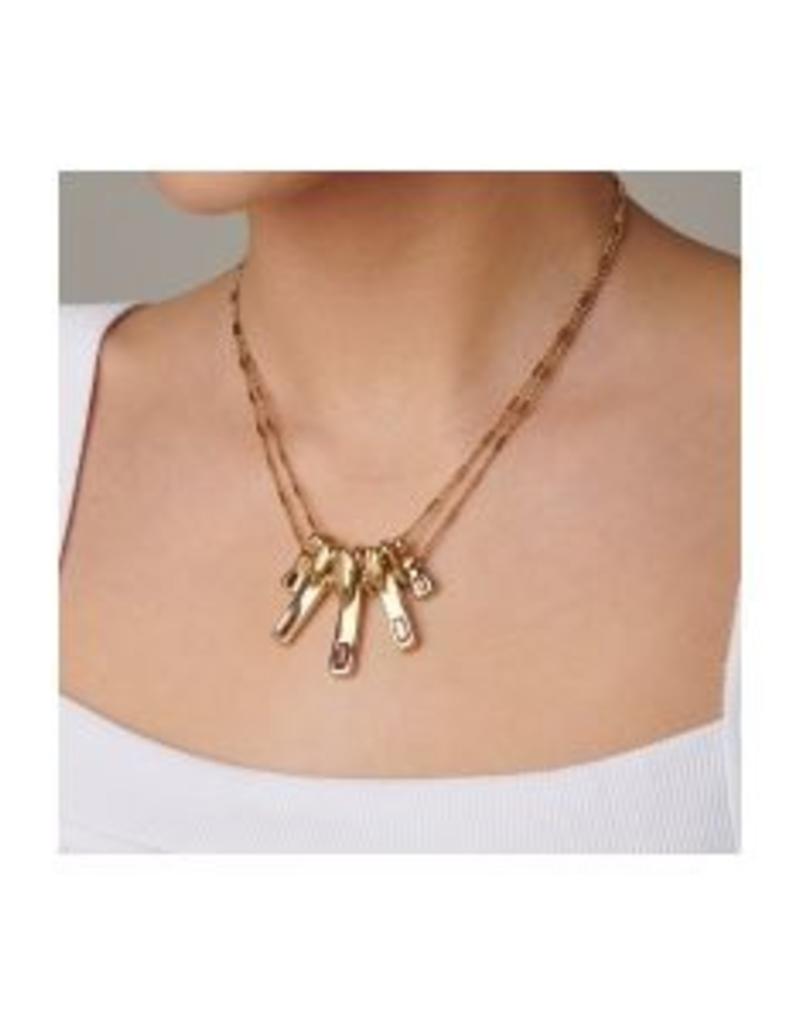 Uno de50 Tickle with a Feather Gold Necklace
