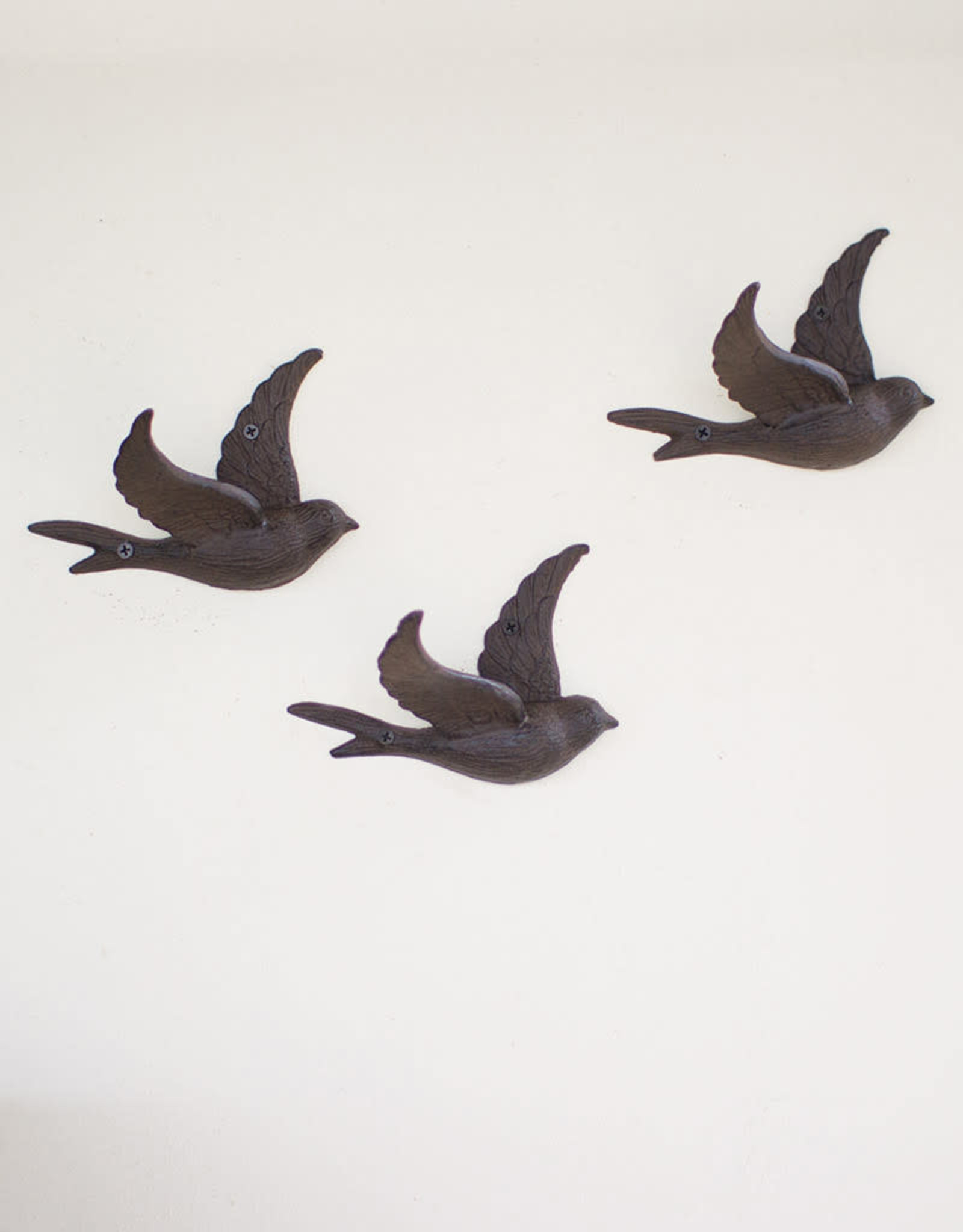 Kalalou Cast Iron Flying Bird Wall Hook