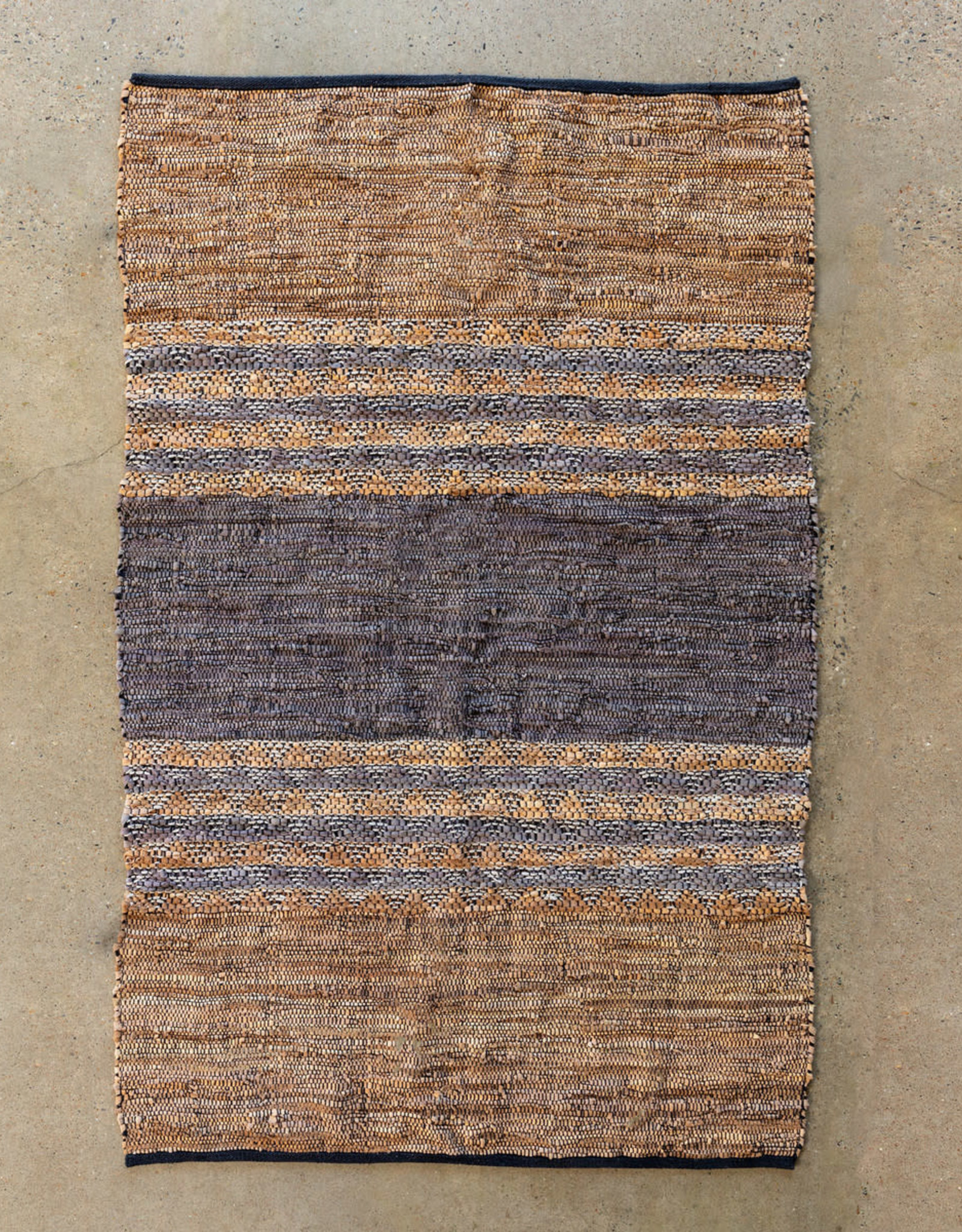 "Park Hill Collection Woven Leather & Cotton Rug 48"" x 72"""
