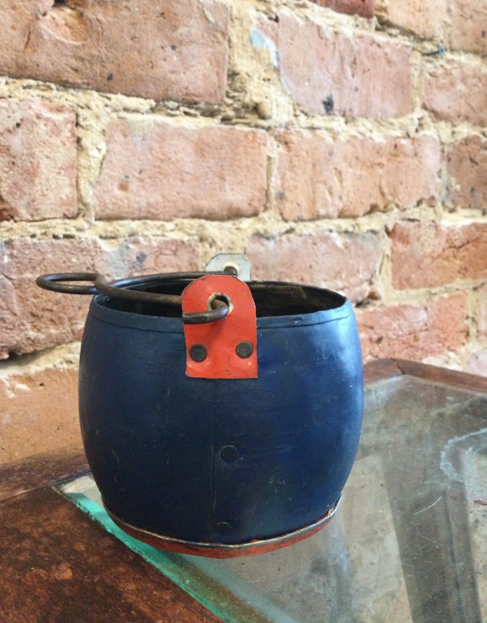 """Kalalou Recycled assorted Color Metal Pot 3.5"""" NY/RED"""