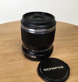 OLYMPUS Olympus 30mm f3.5 Macro ED MSC Lens Used EX+